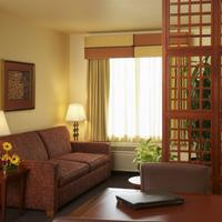 Larkspur Landing Renton-An All-Suite Hotel Living Area