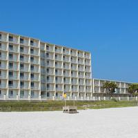 Beachside Resort Exterior