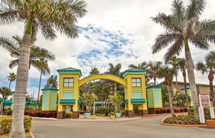 International Palms Oceanfront Resort Cocoa Beach