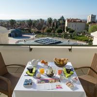 Casino Hotel des Palmiers Terrace/Patio