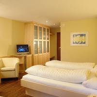Hotel Schloss Ragaz Guestroom