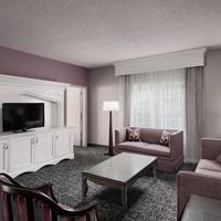 Anaheim Majestic Garden Hotel Living Area