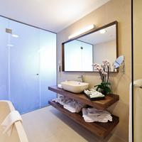 Lighthouse Golf & Spa Resort Bathroom