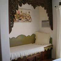 Secret Garden Inn Guestroom