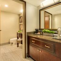 Hilton Bellevue Bathroom