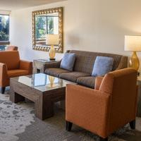 Hilton Bellevue Executive Lounge