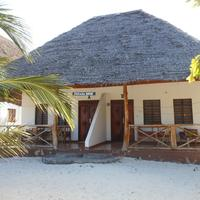Mbuyuni Beach Village The bungalow