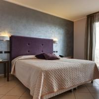 Grand Hotel Sofia Guestroom