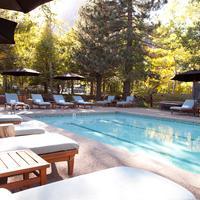 PlumpJack Squaw Valley Inn Outdoor Pool