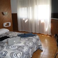 Hostal Sanmar Guestroom