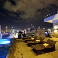 City Garden Grand Hotel Outdoor Pool
