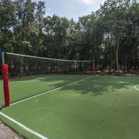 Park Hotel I Lecci Tennis Court