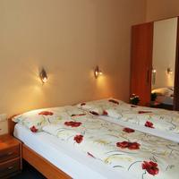 Hotel Edelweiss Guestroom