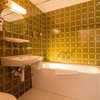 Hotel Edelweiss Bathroom