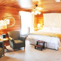 The Riverview Hotel Make your stay extra romantic with our Honeymoon Suite.