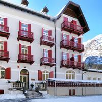 Hotel Croda Rossa Featured Image
