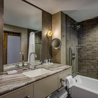 JW Marriott Austin Bathroom