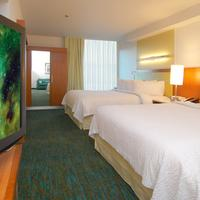 SpringHill Suites by Marriott Las Vegas North Speedway Guest room