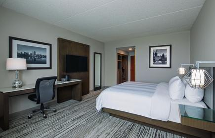 Marriott Cincinnati Northeast