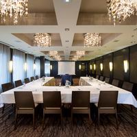 Grande Rockies Resort Meeting Facility