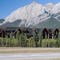 Grande Rockies Resort Mountain View