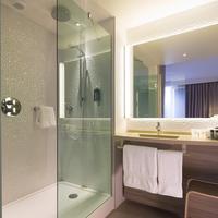 Oceania Hôtel de France Nantes Bathroom
