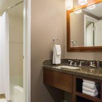 Falls Church Marriott Fairview Park Guest room