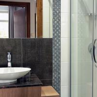 Aparthotel Neptun Bathroom