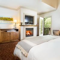 Harvest Inn by Charlie Palmer Guestroom