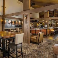 Riverhouse on the Deschutes Hotel Lounge