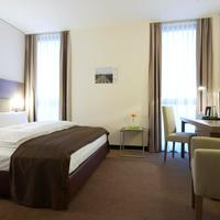 InterCityHotel Mannheim IntercityHotel Mannheim, Germany - Business Plus Room