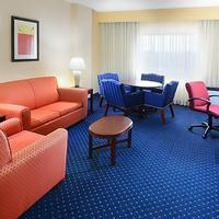 Courtyard by Marriott Dallas Addison Quorum Drive Guest room