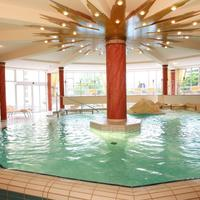Columbia Hotel Bad Griesbach Indoor Pool