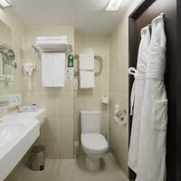 Best Western PLUS Vega Hotel & Convention Center Deluxe Double Guest Room- Bathroom