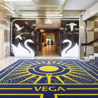 Best Western PLUS Vega Hotel & Convention Center Interior Entrance