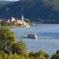 Gartenhotel & Weingut Pfeffel Lake View
