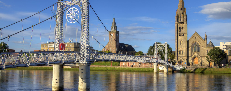 Reise nach Schottland und eie Welt des Inverness Whisky